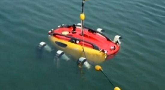"""В ближайшее время разработчики """"Crabster"""" планируют провести полномасштабные испытания аппарата. Они запустят его на тестовую работу, на глубине в 200 метров."""