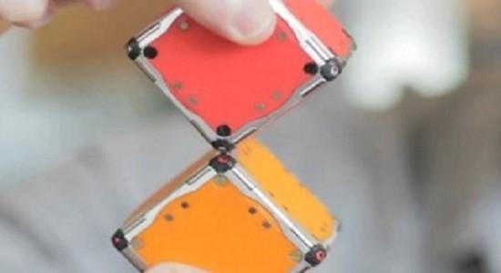 Взаимодействие магнитных ребер кубиков